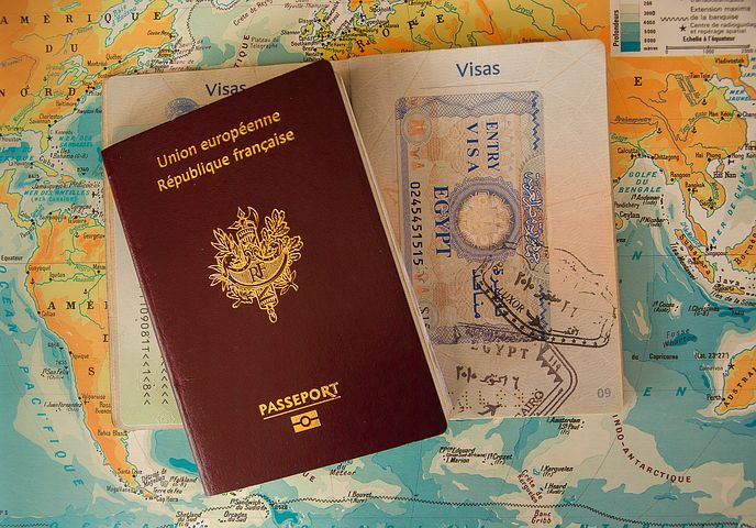 研究留学、ビザ/グリーンカード、転職の推薦状:必要になる前に知っておきたい役割と書き方