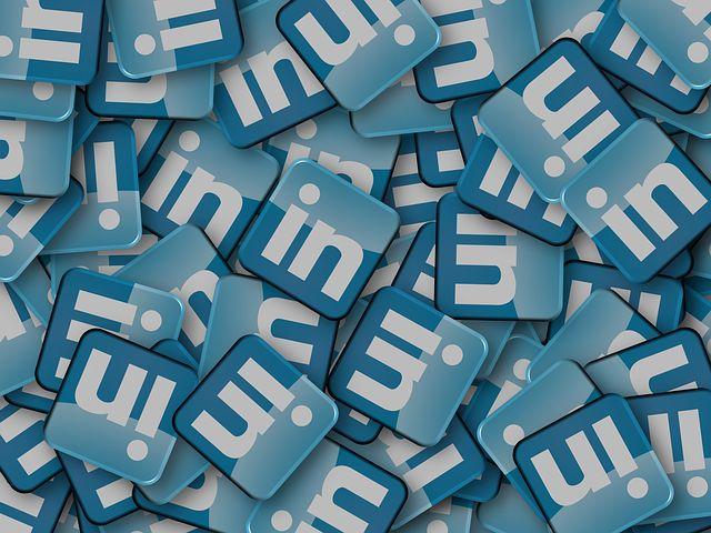 LinkedInのプロフィールをプロフェッショナルに作り変える12のポイント